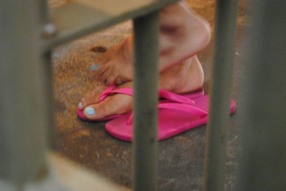 mulher presa