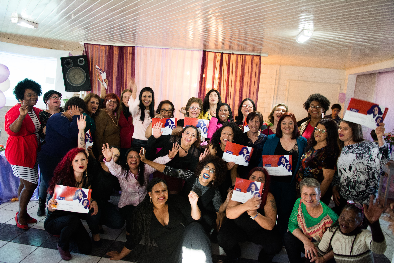 Promotoras Legais Populares do bairro Lomba do Pinheiro no dia da formatura em agosto de 2018.